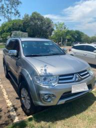 Pajero Dakar HPE 7 Lugares Diesel