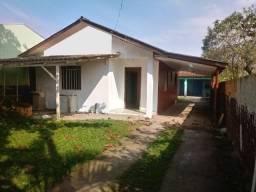 Casa 130mil, (Oportunidade!), 4 quartos, 3 banheiros. Necessita reforma.