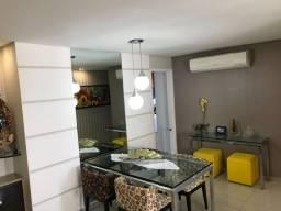 Apartamento totalmente reformado e decorado, 90m, 3 quartos em área nobre de Casa Amarela