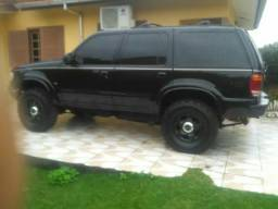 Ford explorer - 2000