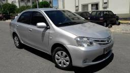 Etios 2013 XS Sedan  - 2013