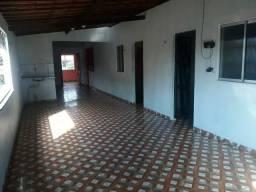 Aluga-se casa dúplex em Maracanaú bairro Piratininga na Avenida Padre José Holanda do vale