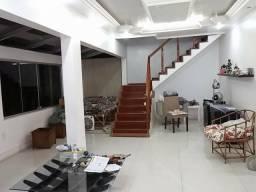 Vendo casa espetacular em São Gonçalo no Rocha