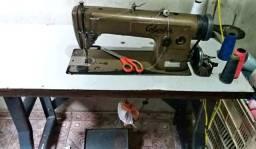 Máquina de costura industrial marca Columbia