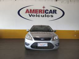 Ford Focus sedan. GLX 2012 novíssimo top