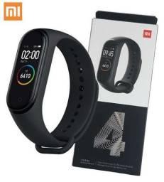 Smartwatch Xiaomi Mi band 4. Aceito cartão