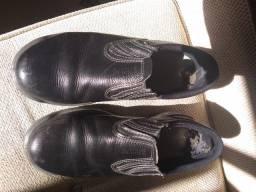 Doo sapato de segurança tamanho n. 42 Leia o anúncio