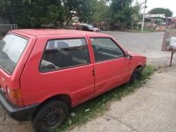 Veiculo Uno Vermelho ano 1993, motor 1.5 Nacional
