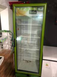 Freezer Expositor gelando bem