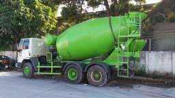 Vendo esse caminhão betoneira fordcargo 2628  ano 2011