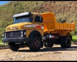 Caminhão caçamba 1313. Ano 1973. Parcelo