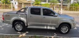 Toyota Hilux srv top 3.0 4X4 automática