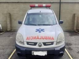 Ambulância Renault Kangoo 2014