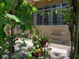 Casa à venda com 2 dormitórios cod:890911