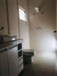 Vendo linda casa Nova em Alfenas-Mg