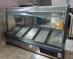 Vendo prateleira,freezers, balcões etc