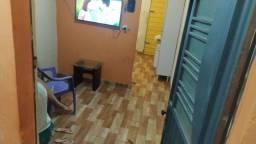 Vendo casa no Vila Vitória, Av 3 com ponto comercial