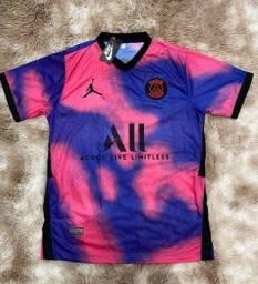Camisas de time nacional e europeus