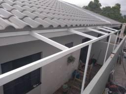 Cobertura em alumínio e polícarbonato cortina retrátil. Alumínio. Sob medida