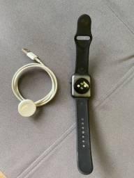 Apple Watch Series 3, GPS, 42 mm, Alumínio Cinza Espacial, Pulseira Esportiva Preta