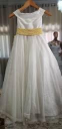 Vestido de dama pérola