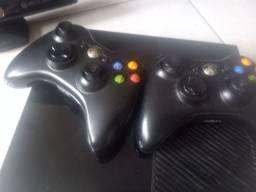 Xbox 360 completo semi novo 17 jogos