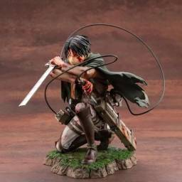 Action Figure Attack on Titan / Capitão Levi