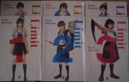 Coleção de livros mangá