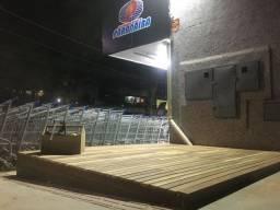 Vendo deck de madeira desmontado