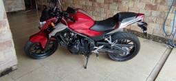 Moto CB500F