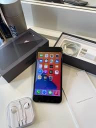 iPhone 8 Plus 64gb Cinza espacial