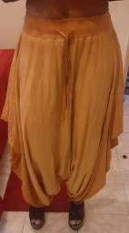 Vendo calça tipo indiana nunca usada