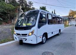 Micro ônibus neobus 2013