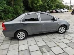 Etios Sedan X Plus.