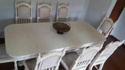 Mesa em madeira 8 lugares