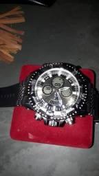 Invicta relógios modernos baixei o valor para levar hj ! whats 17 982275239