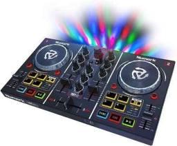 Controladora Numark Party Mix (DJ)