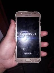 Vendo celular um j5 200 e uma moto g4 200