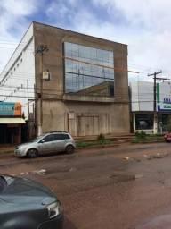 Alugo Prédio com 3 pavimentos na Salvador Diniz (Santana)