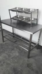 Mesa com condimentadora em Inox - Produto novo