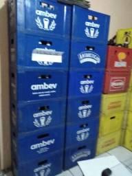 Engradados de cervejas e coca litro retornável, vasilhame completo