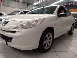 Carro Peugeot 207 Completo 1.4