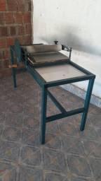 Maquina para fabricação de sandalias rasteirinhas