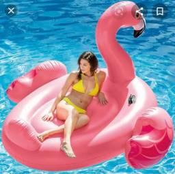 Bóia gigante do Flamingo