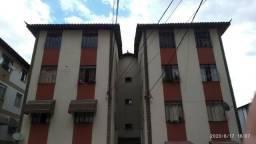 Apartamento Bairro Iguaçu, 3 qts. Piso porcel. Aceita veiculo. Valor 150 mil