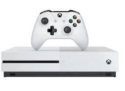 Xbox one 1 tera - Novinho 1 mes de uso -