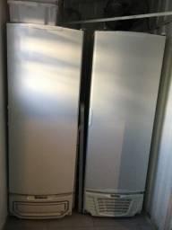 Freezer Vertical 575 litros Porta Cega 220V Gelopar GTPC-575