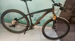 Bicicleta Caloi cm 12 velocidade suspensão ar e óleo