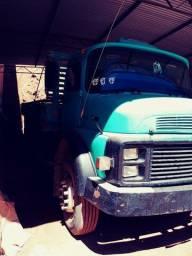Caminhão 1517 reduzido de fabrica