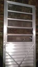 Porta de alumínio